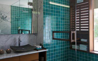 Herts Bathrooms - Blue Tiled Shower